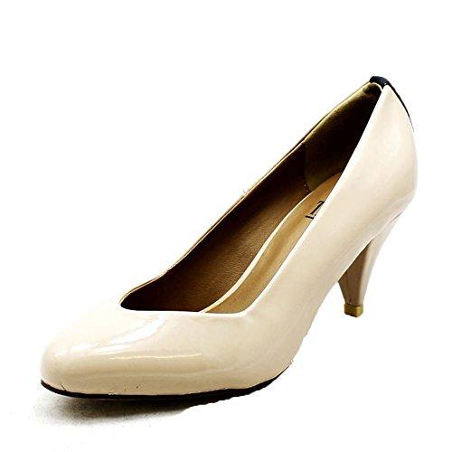 Las señoras del talón bajo Zapatos de tacón en punta con tacón tachonada Nude Patent