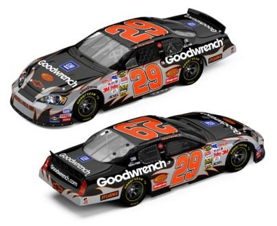 Kevin Harvick #29 GM Goodwrench / 2006 Monte Carlo / 1:24 Scale Diecast Car by Action - Goodwrench Engine