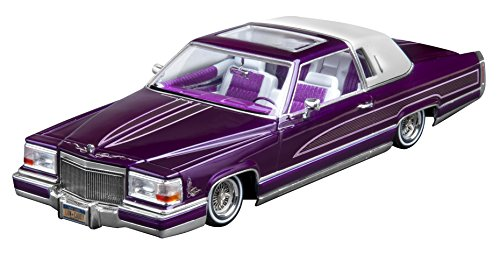 Revell Custom Cadillac Lowrider Plastic Model Kit (Collection Revell)
