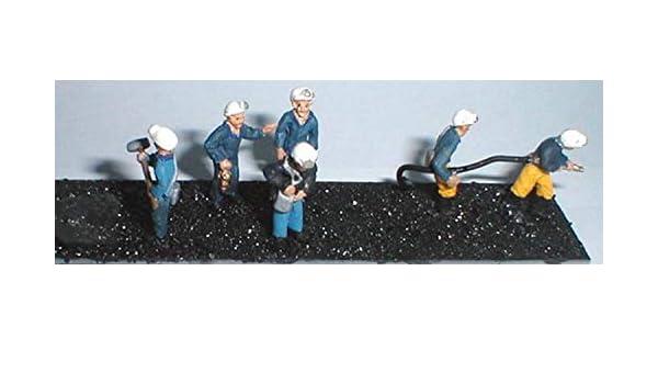 Hobbies Langley Models Rabbit hutch coal bunker OO Scale UNPAINTED