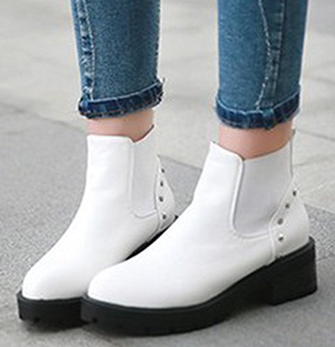 IDIFU Womens Casual Studded Low Heel Chunky Lug Sole Short Ankle Booties White 0FZPYTk