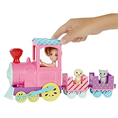 ​Barbie Club Chelsea Train Playset with 3 Connecting Cars, Chelsea Doll, 1 Kitten and 1 Puppy: Toys & Games