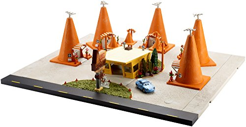 - Disney Pixar Cars 3 Precision Series Cozy Cone Vehicle