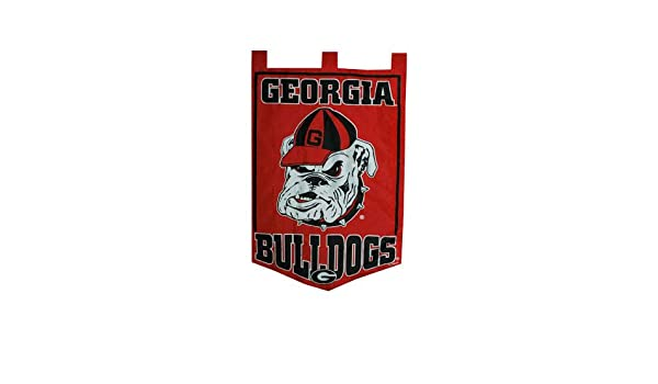 sports shoes e78ff 889eb Amazon.com   Game Day Outfitters NCAA Georgia Bulldogs Garden Flag, One Size,  Multicolor   Sports   Outdoors