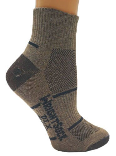 Wrightsock 553 Double Layer DLX Quarter Socks, Brown, Medium
