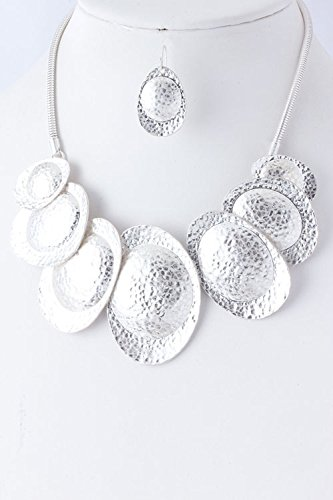 TRENDY FASHION JEWELRY HAMMERED METAL NECKLACE BY FASHION DESTINATION   (Matted Silver) (Custom Costume Hip Hop Jewelry)