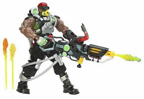 Hasbro G.I. Joe 8 Inch Commander Heavy Duty withFlame Blaster ()