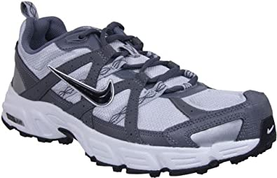 nike hiking shoes for women