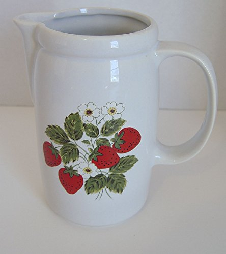 Vintage McCoy Pottery STRAWBERRY 1429 JUICE PITCHER 7 Inches Tall