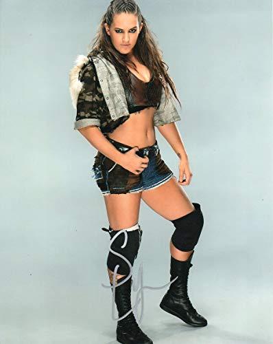 Sarah Logan Autographed 8x10 Photograph WWE Superstar Diva Riot Squad