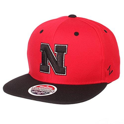 Zephyr NCAA Nebraska Cornhuskers Men's Z11 Static Snapback Hat, Adjustable, Black/Team Color ()