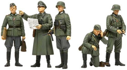 Tamiya America, Inc 1/35 German Field Commander Set (ICM), TAM35298