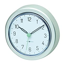 InterDesign Metro Rustproof Aluminum Suction Clock for Bathroom, Shower - Silver