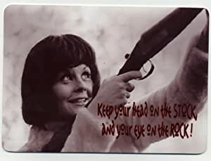 Skeet cita de disparos en metal sign – Pretty Girl Shooting