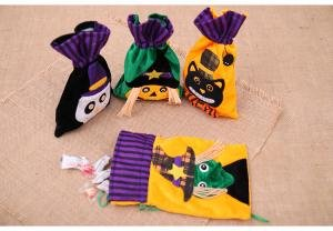 Halloween Non-Woven Tote Bag,Kids Bundle of Candy Bags, Ghost Gift Bags