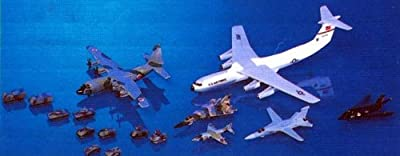 Skywave 1/700 West Wings Set #2 with Aircraft and Ground Support Vehicles Model Kit