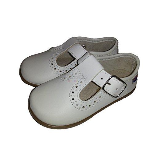 4cac7f71c6b Zapatos para niño en Piel de Color Beige, de Osito by Conguitos - Beige,  25: Amazon.es: Zapatos y complementos