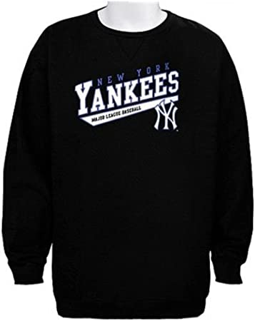 detailed look 562a0 74bf0 Amazon.com : Majestic York Yankees MLB Licensed Crampton ...
