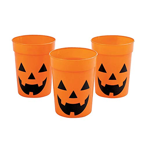 Fun Express - Plastic JacK-O'-Lantern Cups for Halloween - Party Supplies - Drinkware - Re - Usable Cups - Halloween - 12 Pieces ()