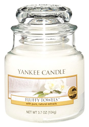 Yankee Candles Small Jar Candle product image