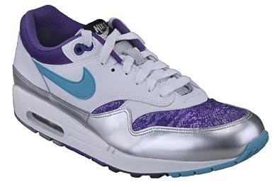 new product e4f80 b9278 Nike Women s Air Max 720