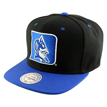 d650d9b7c4d Mitchell   Ness Duke Blue Devils 2-Tone XL Logo Snapback NCAA Cap   Amazon.co.uk  Sports   Outdoors