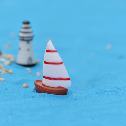 no04-2pc-white-sailboat-lots-garden-craft-plant-pots-fairy-ornament-miniature-figurine-dollhouse-dec