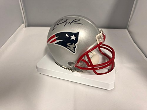 Randy Moss Collectibles (Randy Moss Signed Autographed New England Patriots Mini Helmet COA & Hologram)