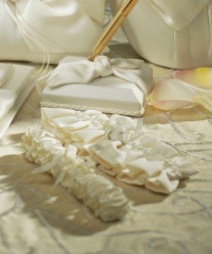 Beverly Clark Tie The Knot Collection Weddingstar Garter Set, Ivory ()