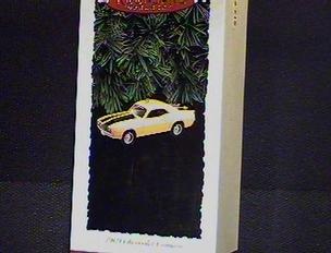 1995 Hallmark Ornament 1969 Chevrolet Camaro # 5 Series ()