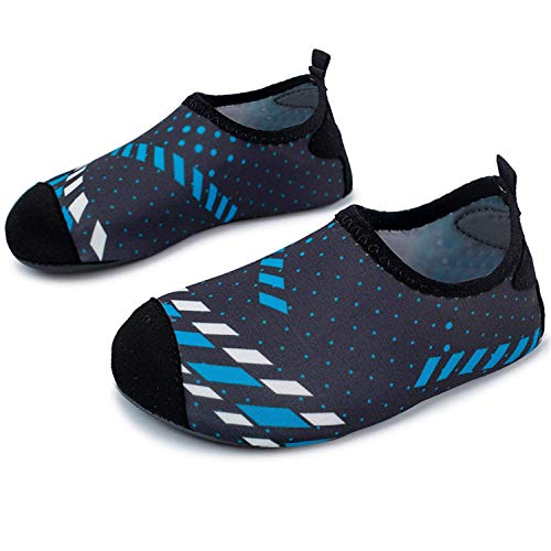 484113ae59ccc L-RUN Girls Boys Lightweight Water Shoes Soft Barefoot Shoes Black Blue