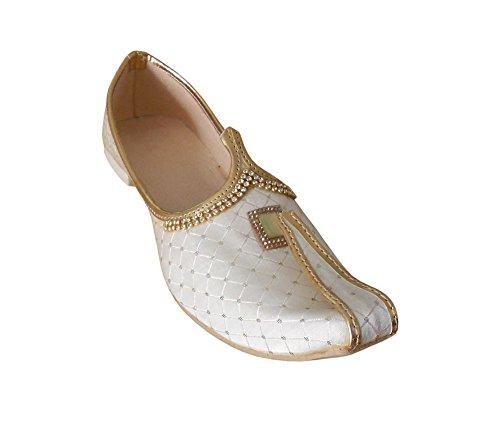 KALRA Creations Herren Traditionelle indische Seide Slipper Schuhe Cremefarben
