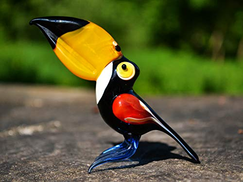 Glass Toucan Bird Figures Animal Collectible Figurine Toucan in Glass Gift Child Toucan Sculpture Collection Miniature Artglass Murano ()