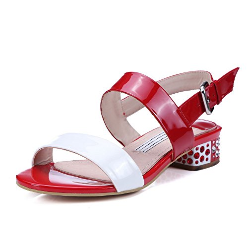 AgooLar Mujeres Puntera Abierta Hebilla Colores Surtidos Mini Tacón Sandalia Rojo
