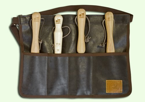 Haws Traditional Leather Gardening Tool Roll Apron