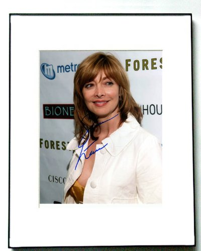 Sharon Lawrence Signed Photo Aftershock Earthquake in New York A -