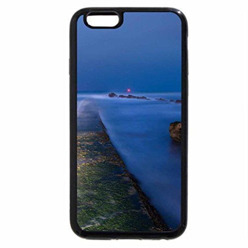 iPhone 6S / iPhone 6 Case (Black) moss covered stone wharf at night