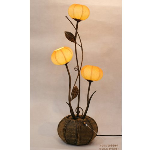 Mulberry Rice Paper Ball Handmade Three Flower Bud Design Art Shade Yellow Round Globe Lantern Brown Asian Oriental Decorative Accent Home Decor Bedroom Table Floor Uplight Lamp Table Lamp Natural Paper Shade