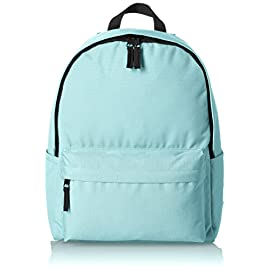 Amazon Basics Classic Backpack 1 Lightweight, durable backpack featuring adjustable padded shoulder straps and convenient side water bottle pockets Locker loop at top Large main compartment with double-zipper closure and small front pocket with zip closure