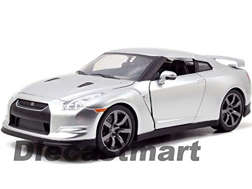 MWDx102 97212 Fast and Furious 7 Brian's 2009 Nissan Skyline GT R R35 1:24 Silver