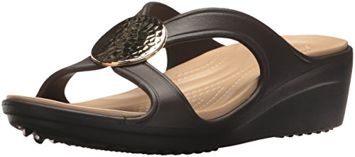 Crocs Women's Sanrah Hammered Circle Wedge Sandal, Espresso/