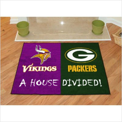 - House Divided: Minnesota Vikings - Green Bay Packers Rug