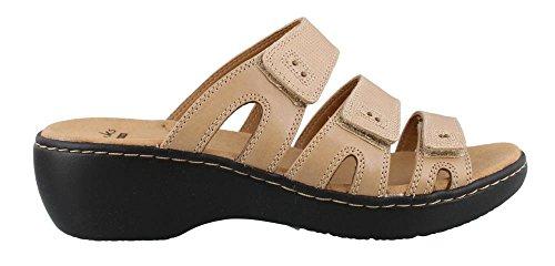 CLARKS Women's Delana Damir Dress Sandal, Sand Leather, 6 M US
