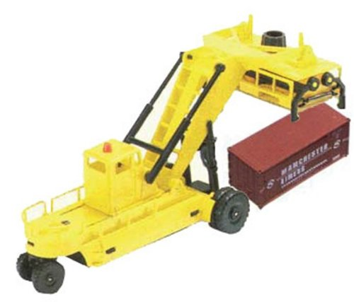 Lima HL 8001 - Container Stacker with a Container