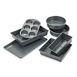 Chicago MetallicTM Professional 7-piece Bakeware Set with Armor-glide Coating