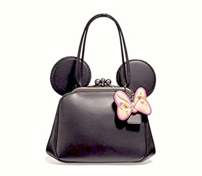 8d379d3ebe Amazon.com  Coach x Disney Minnie Mouse Kiss lock Crossbody F29349 Black   Shoes