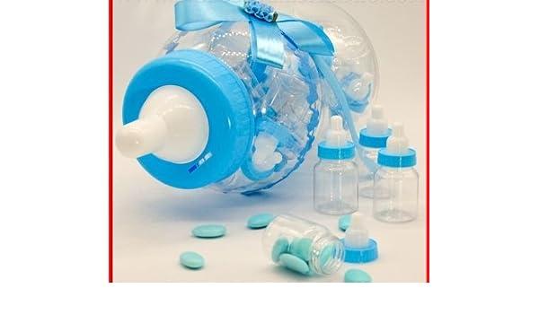 Maxi Biberón de plástico transparente con tapón azul y decorado en el cuello con tul y lazo azul, a su vez contiene 30 unidades de mini-biberones confiteras transparentes con tapón azul para
