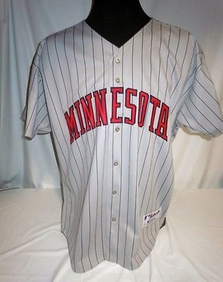 Minnesota Twins Vintage Authentic Russell Grey Road Jersey w/ 100 Seasons Patch