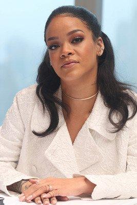 Rihanna 24X36 Poster Print LHW #LHG774216