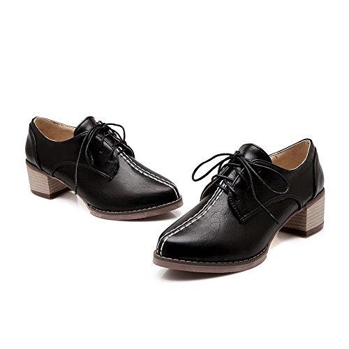 Allhqfashion Femmes Chaton Talons Solides Lace Up Fermé Fermé Orteils Pompes-chaussures Noir